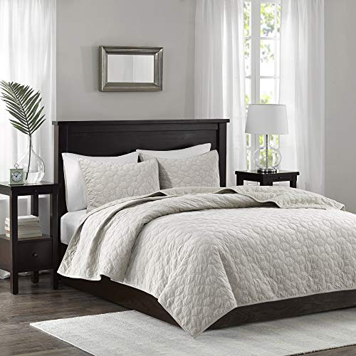 Madison Park Harper 3 Piece Coverlet Faux Velvet Solid Color with Geometric Double Sided Design Modern Luxe Quilt Hypoallergenic All Season Bedspread-Set Matching Shams, Full/Queen, Ivory