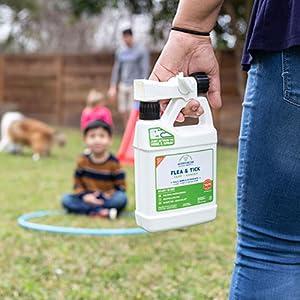 nautral flea tick spray garden lawn mosquitos wonder
